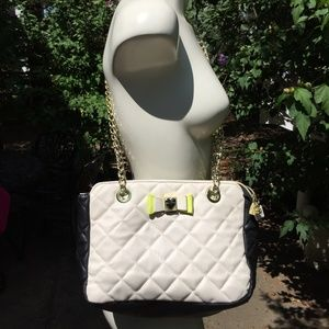 Betsey Johnson - White & Black Purse OS